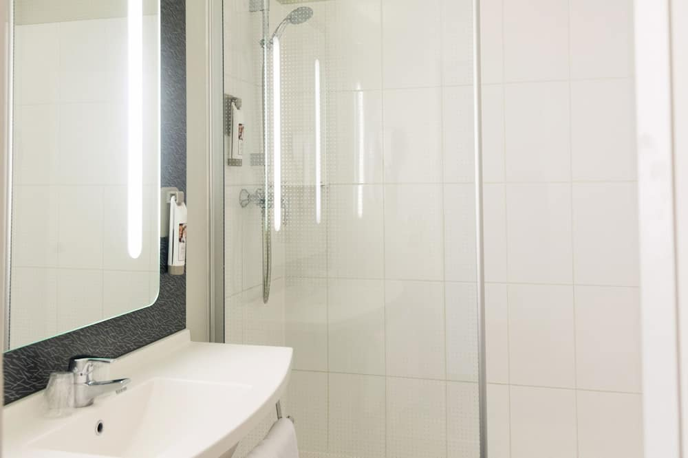 Standardværelse - 1 dobbeltseng - Badeværelse