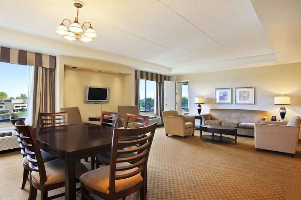 Room, 2 Double Beds, Non Smoking (NonSmoking) - In-Room Dining