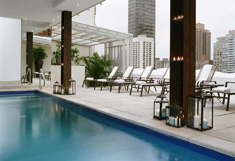 Empire Hotel, Nova York, Piscina no terraço