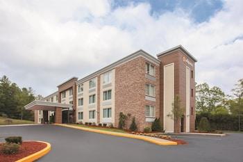 Picture of La Quinta Inn & Suites Sturbridge in Fiskdale