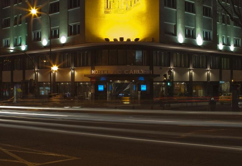 AC Hotel Carlton Madrid by Marriott, Madrid, Entrada del hotel (tarde o noche)