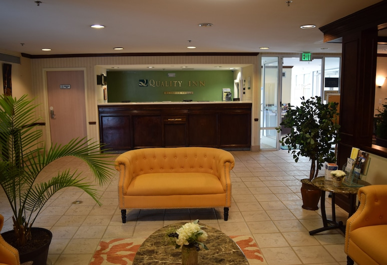 Quality Inn, Rocky Mount, Lobby