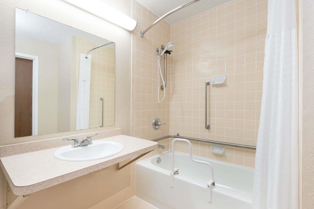 Standardzimmer, 1 Queen-Bett, barrierefrei, Nichtraucher - Badezimmer