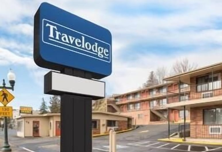 Travelodge by Wyndham Klamath Falls, קלמאת' פולז, חזית המלון