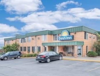 Picture of Days Inn Duluth in Duluth