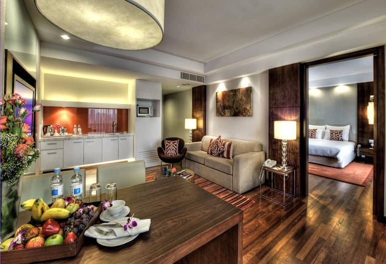 Seri Pacific Hotel Kuala Lumpur, Kuala Lumpur, Club Room, Guest Room