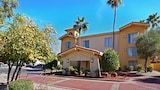 Choose This Cheap Hotel in Tempe