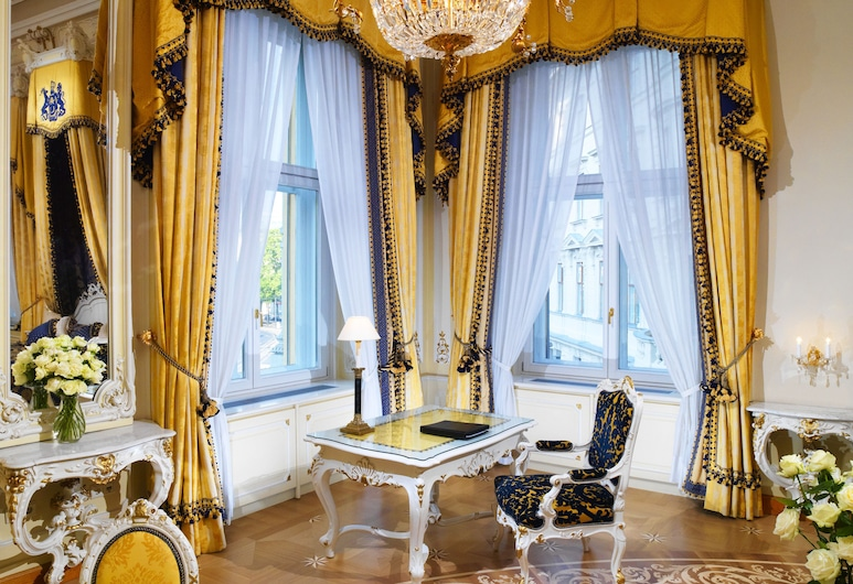 Hotel Imperial, a Luxury Collection Hotel, Vienna, Viena, Karališkos klasės numeris, 1 miegamasis, Nerūkantiesiems, vaizdas į miestą, Svečių kambarys