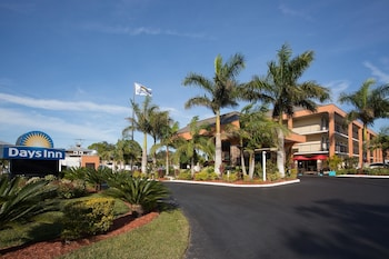 Picture of Days Inn by Wyndham Sarasota Bay in Sarasota