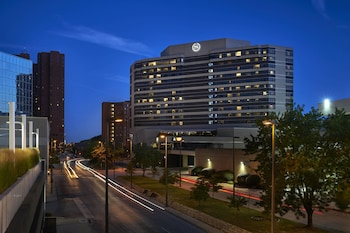15 Closest Hotels To Baltimore Inner Harbor Marina In Baltimore
