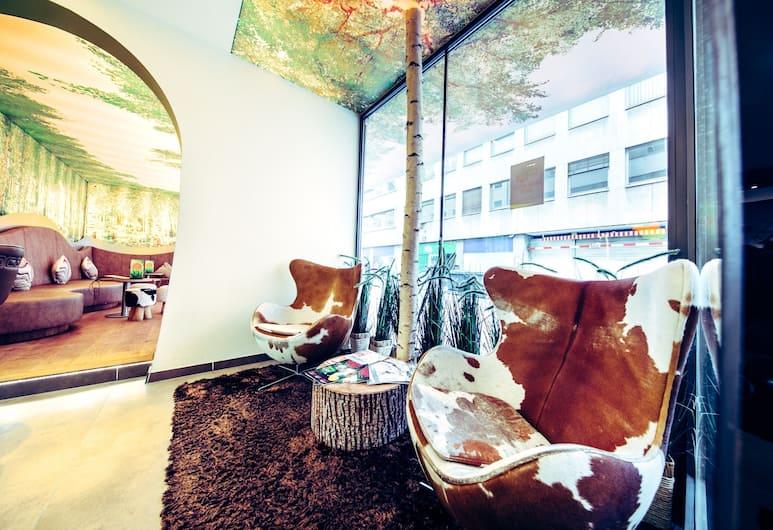 Cocoon Stachus, Munich, Lobby Sitting Area