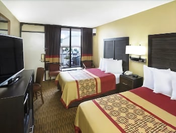 Foto van Days Inn by Wyndham Columbus-North Fort Benning in Columbus