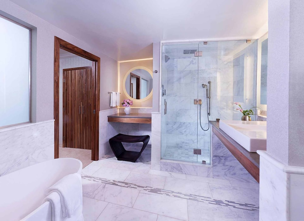 Image result for Luxe City Center Hotel los angeles