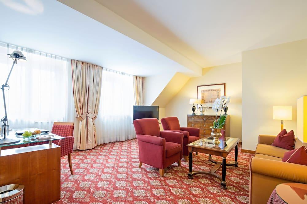 Deluxe Suite (Kaiserhof) - Living Room