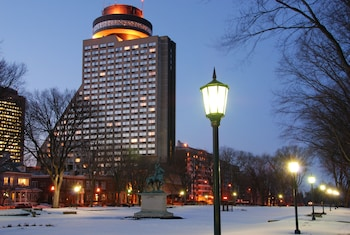 Picture of Hôtel Le Concorde Québec in Quebec