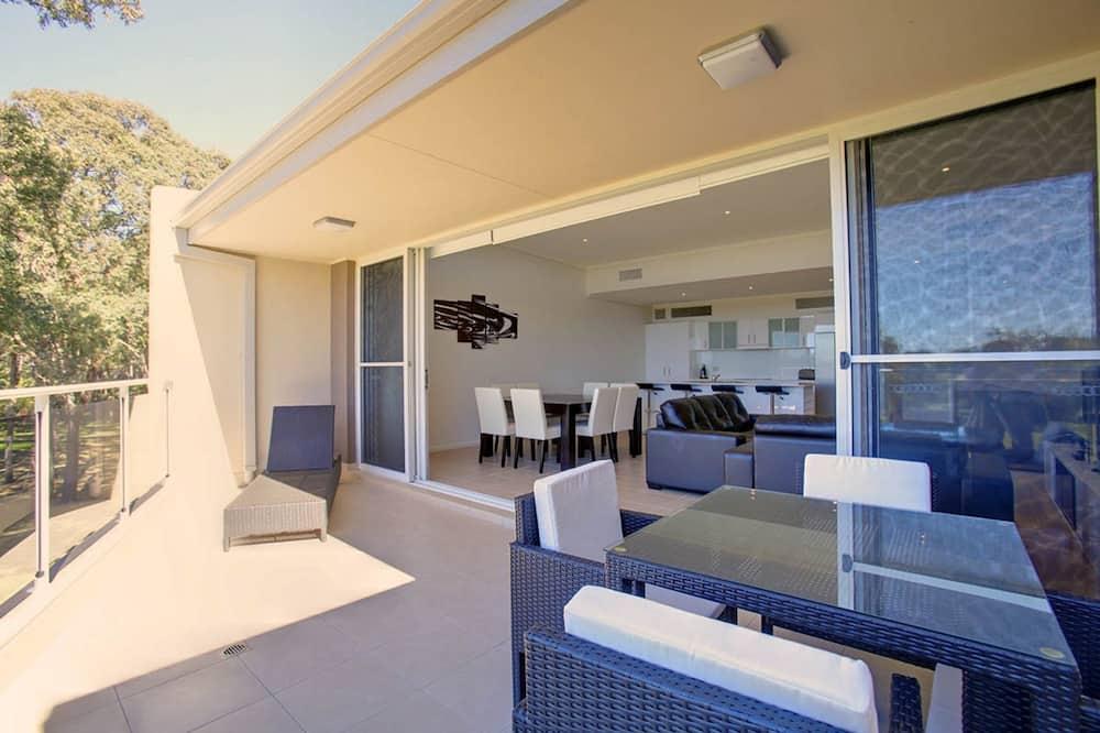 Розкішні апартаменти, 4 спальні - Балкон