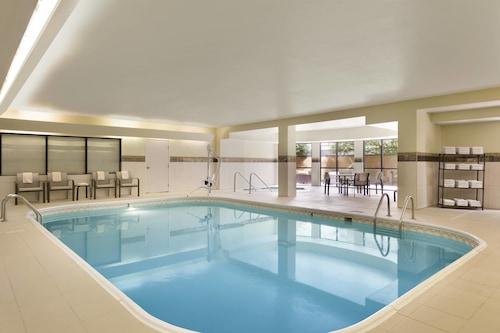 布魯明通/諾姆庭院酒店/