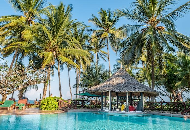 Serena Beach Resort and Spa, Mombasa, Kültéri medence