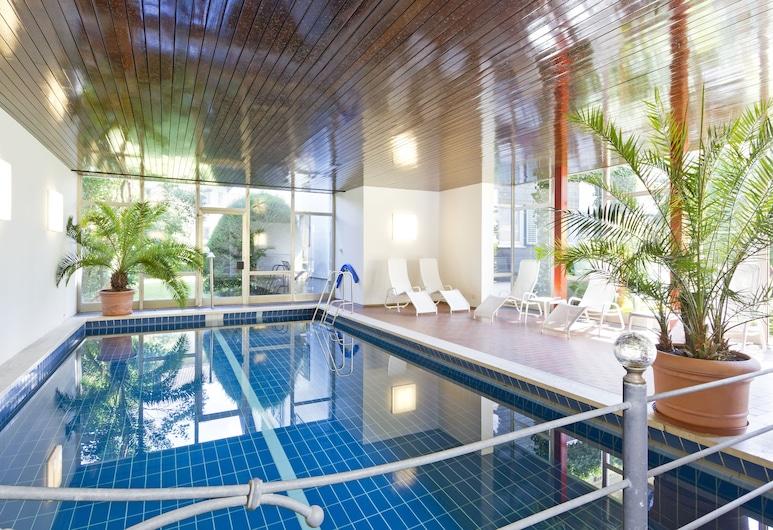 Wittelsbacher Hof Swiss Quality Hotel, Garmisch-Partenkirchen, Sisebassein