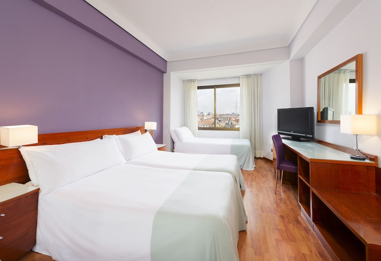 Hotel Madrid Centro, managed by Melia, Madrid, Chambre triple, Chambre