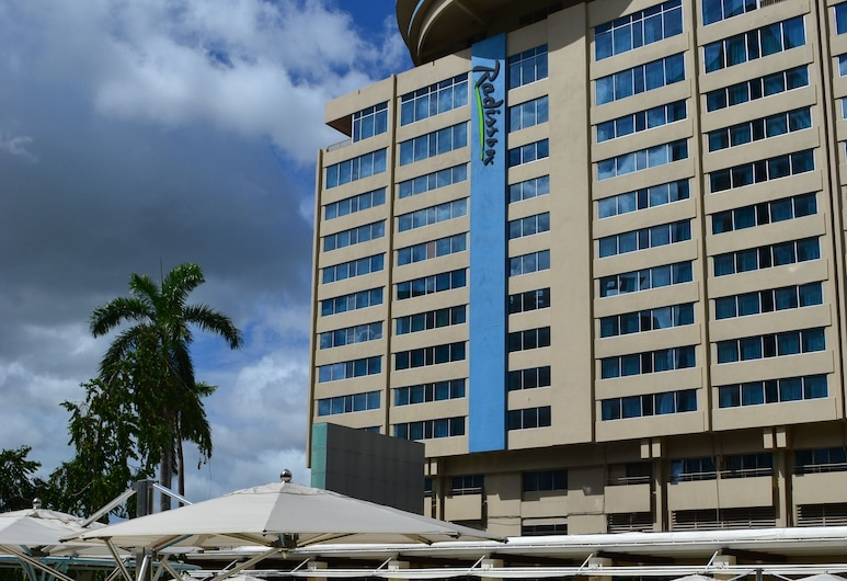 Radisson Hotel Trinidad, Port of Spain, Välibassein