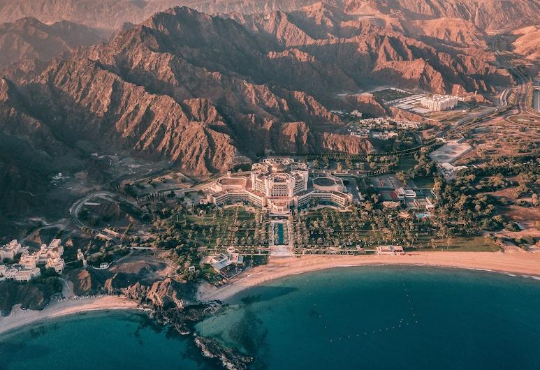 Al Bustan Palace, a Ritz-Carlton Hotel, Muscat, Pogled iz zraka