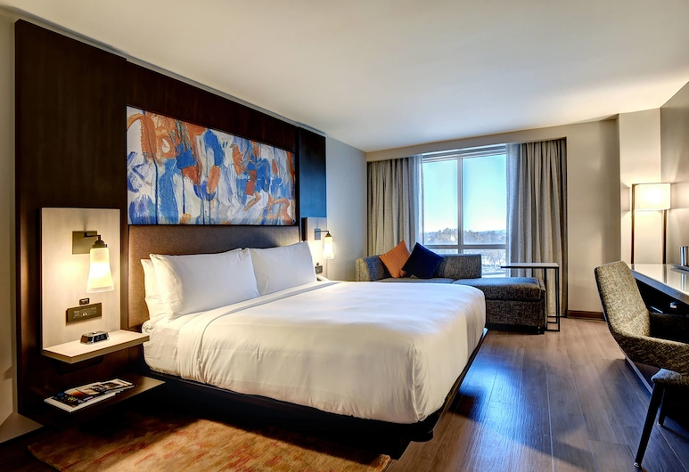 Marriott Tulsa Hotel Southern Hills, טולסה, חדר, מיטת קינג, ללא עישון, חדר אורחים