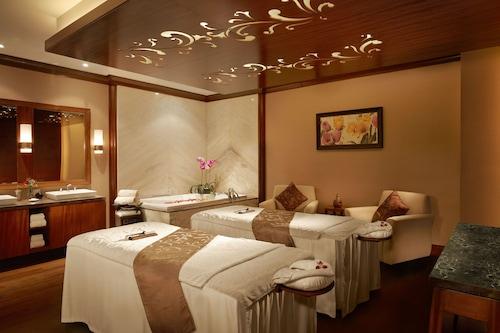 Book Shangri La Hotel Jakarta In Jakarta Hotels Com