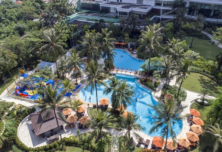 Shangri-La Hotel - Jakarta, Cakarta, Deluxe Oda, 1 En Büyük (King) Boy Yatak, Bahçe Manzaralı