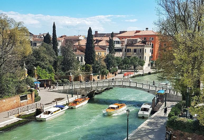 サンタ キアラ ホテル, ベネチア, デラックス ダブルルーム カナルビュー (Piccolo Canale e/o Giardini) (RO), ウォータービュー
