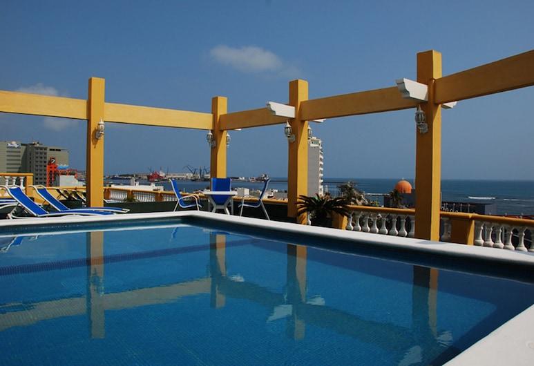 Howard Johnson Hotel Veracruz, Veracruz, Pool på tagterrassen