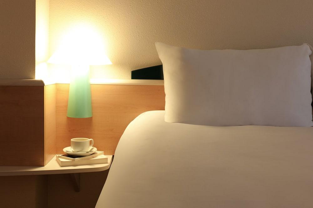 Standard Room, 2 Katil Bujang (Single) - Bilik Tamu