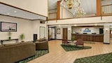 Book this Free Breakfast Hotel in Madisonville