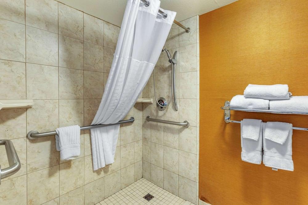 Room, 1 Katil Raja (King), Accessible, Non Smoking - Bilik mandi