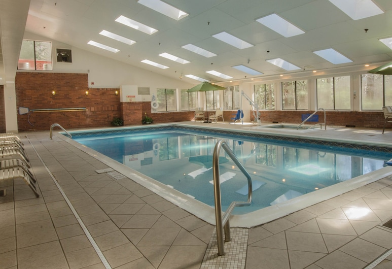 Holiday Inn Express South Burlington, South Burlington, Indoor Pool