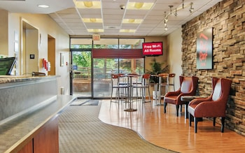 תמונה של Red Roof Inn Cleveland Airport-Middleburg Heights במידלברג הייטס