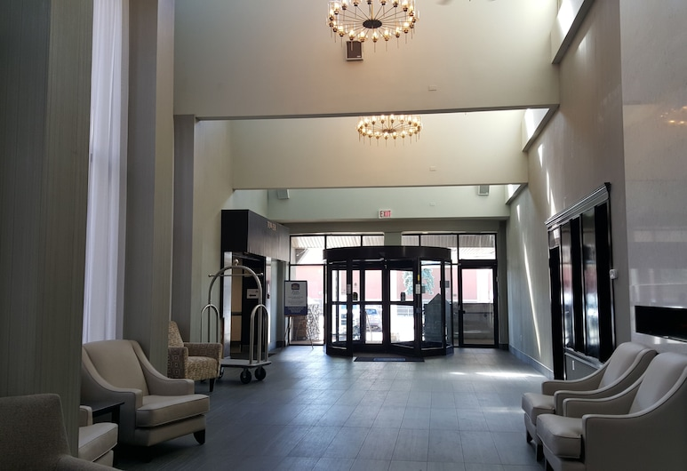 Coast West Edmonton Hotel & Conference Centre, Edmonton, Interior Entrance