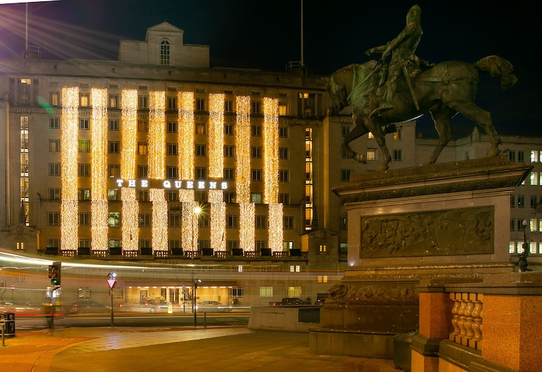 The Queens Hotel, Leeds, Exteriér