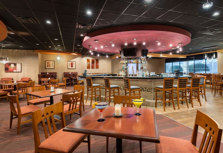 Holiday Inn Knoxville-West, I-40 & I-75, Knoxville, Restaurant