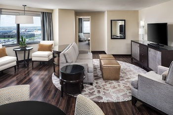 Picture of Sheraton Suites Chicago O'Hare in Rosemont