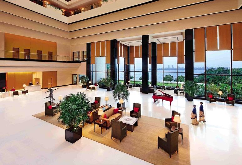 The Oberoi Mumbai, Mumbai, Lobby