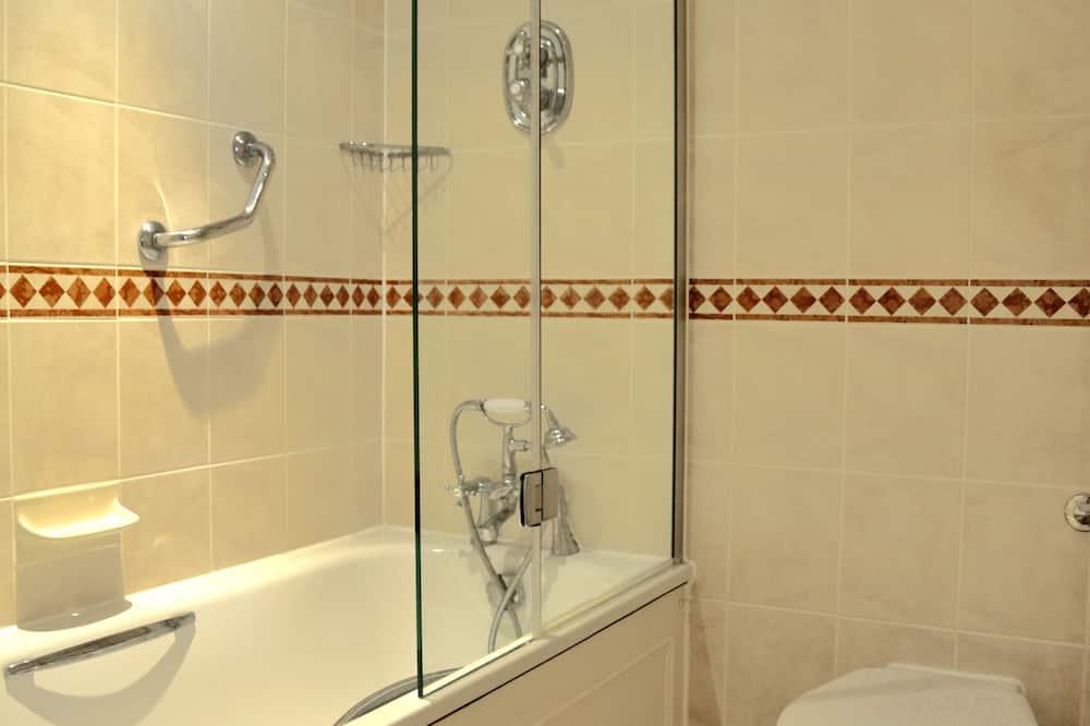 Dvojlôžková izba typu Executive, 1 dvojlôžko - Kúpeľňa