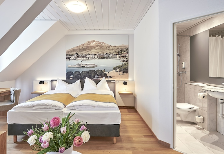 Hotel Central Luzern, Lucerne, Family Room (Cosy), Guest Room