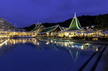 Picture of Le Meridien Phuket Beach Resort in Karon
