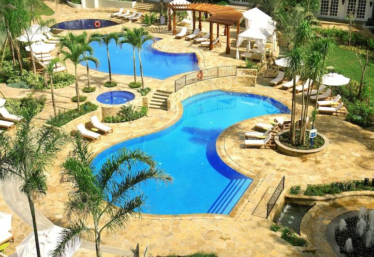 Real InterContinental Costa Rica at Multiplaza Mall, Escazu, Outdoor Pool