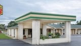 Reserve this hotel in Sumter, South Carolina