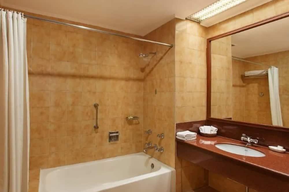 Номер «Делюкс» - Ванна кімната