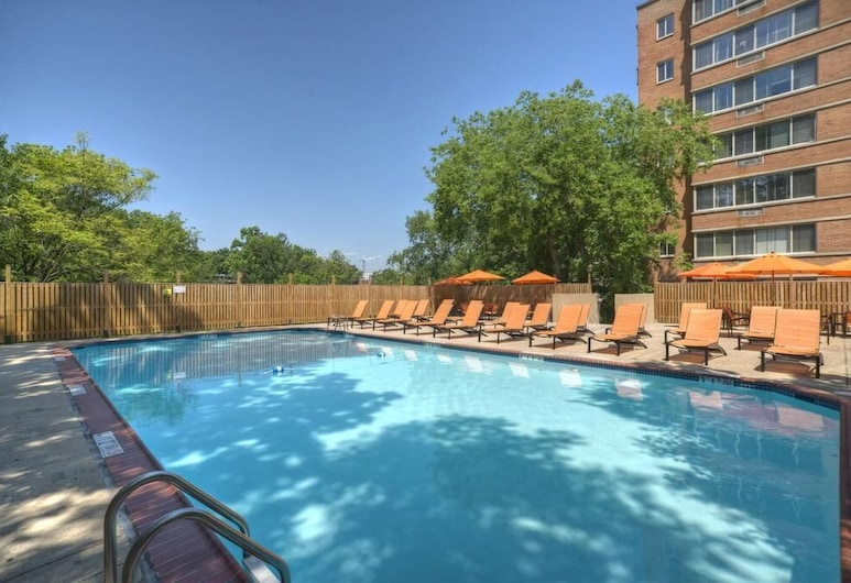 The Virginian Suites, an Ascend Collection Hotel, Arlington, Pool