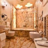 Pokoj s dvoulůžkem nebo 2 jednolůžky (Golden Leaf ) - Koupelna