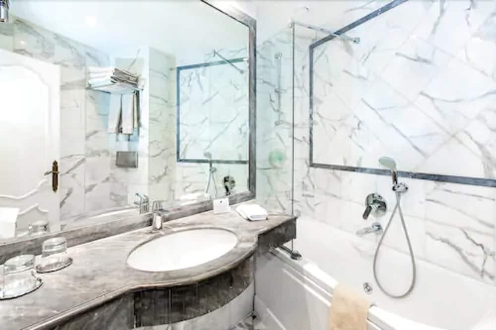 高級雙人房 - 浴室洗手台